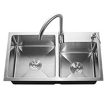 Si vous ne connaissez pas quoi faire pour bien astiquer un évier en inox, faites appel à un plombier pour bénéficier de ses conseils d'entretien efficaces
